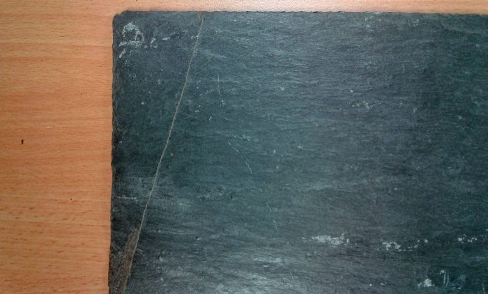 Natural Slate with Quartz Line - markings on roofing slate